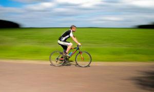 Un paseo en bicicleta bien hecho puede ser saludable y entretenido.