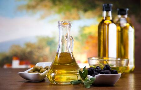 Aceite de oliva, un regalo energético para nuestra salud desde el mar Mediterráneo