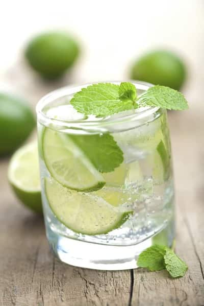 agua-con-limon