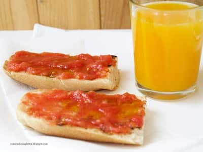 Tostadas con tomate: buena idea para tu desayuno