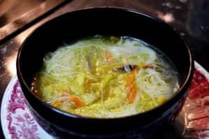 Los fideos chinos no poseen gluten, por lo que pueden ser consumidos por celíacos