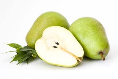 La pera es rica en antioxidantes, rica en fibra... ¡y rica para comer!