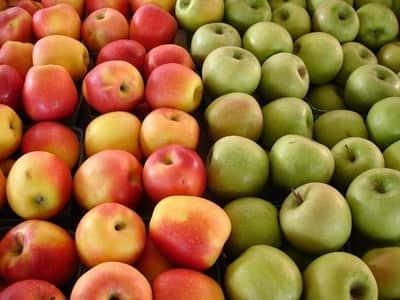 La manzana engorda de noche